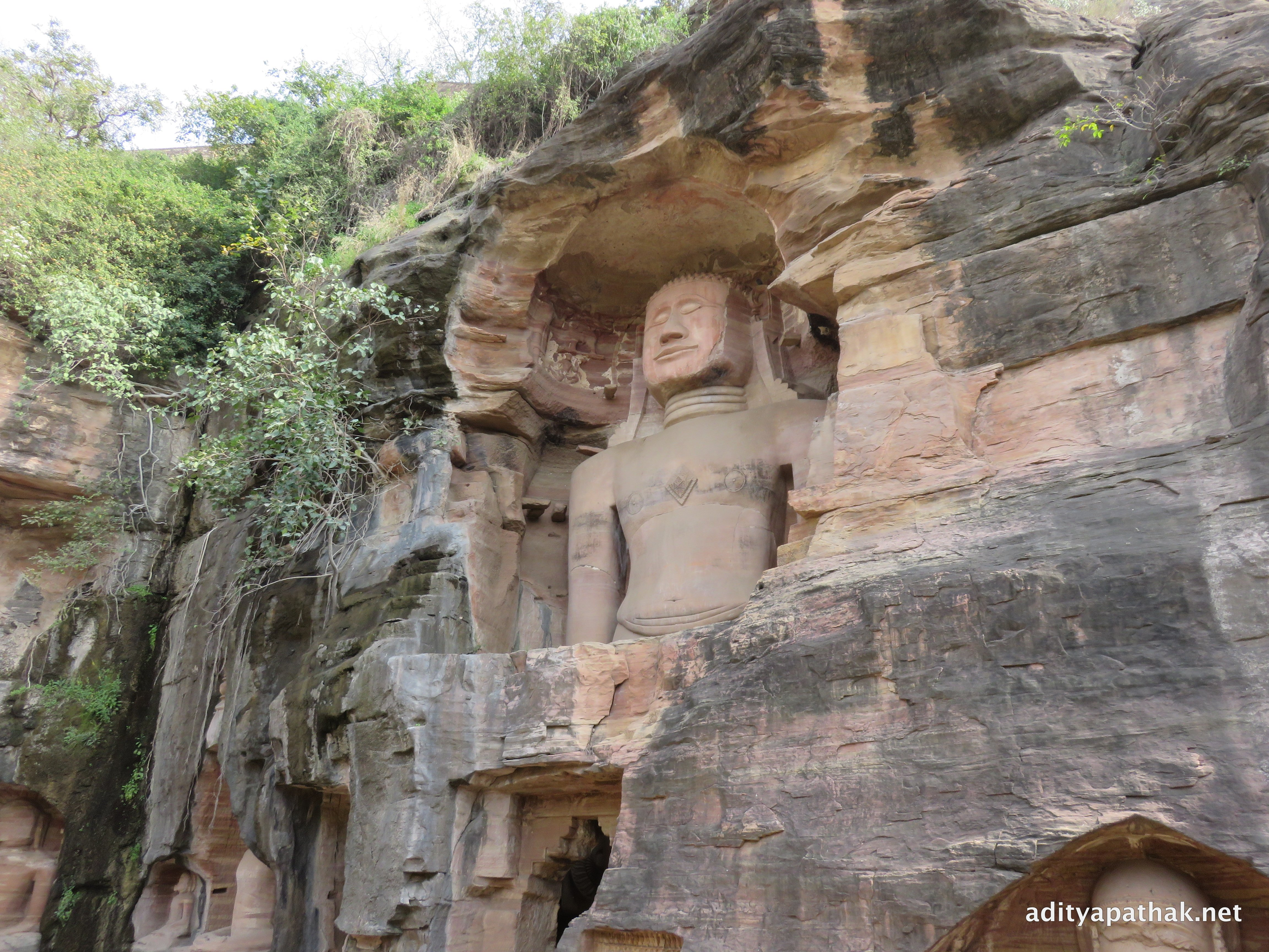 Siddhachal Jain Temple Caves – Monoliths and Carvings at ...